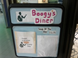 (props to Boogy's Diner for free intertubes and table to sit at)